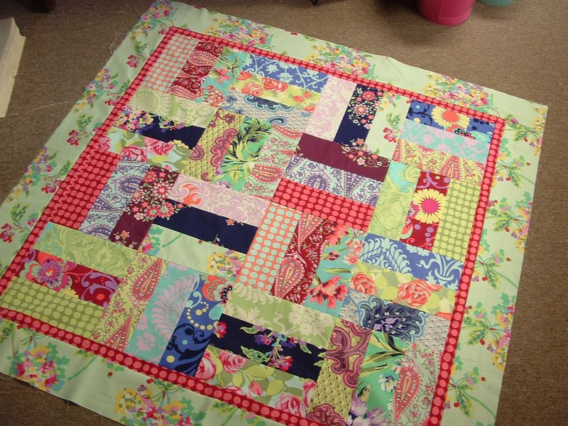 Katies baby quilt done